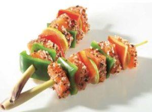 Recette Brochette duo saumon et cabillaud marinée au poivre