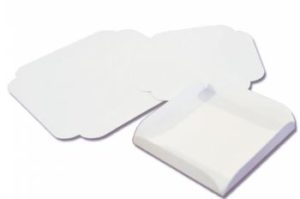 Carton rainé blanc